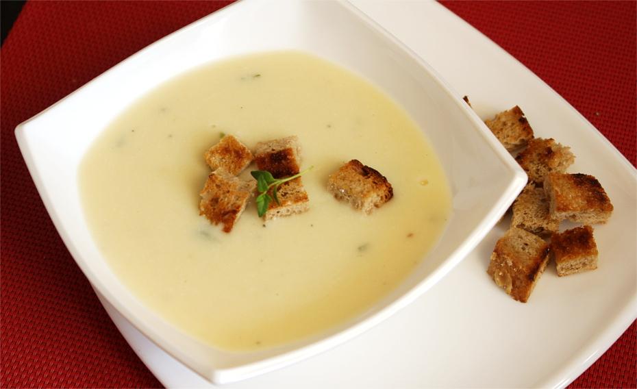 Zupa chrzanowo - czosnkowa