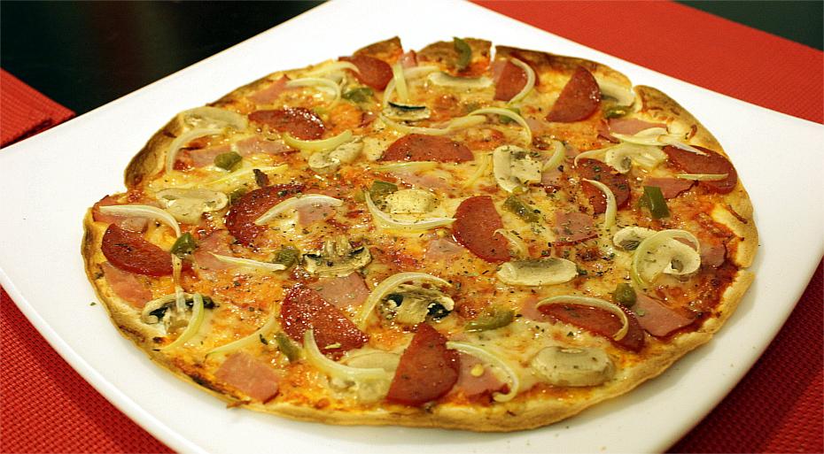 Ściemniana pizza