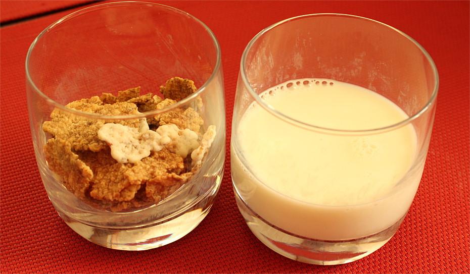 Płatki i mleko
