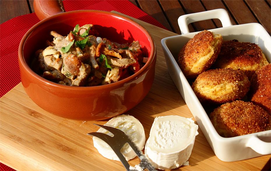 Kurki z wieprzowymi polędwiczkami w sosie z koziego sera